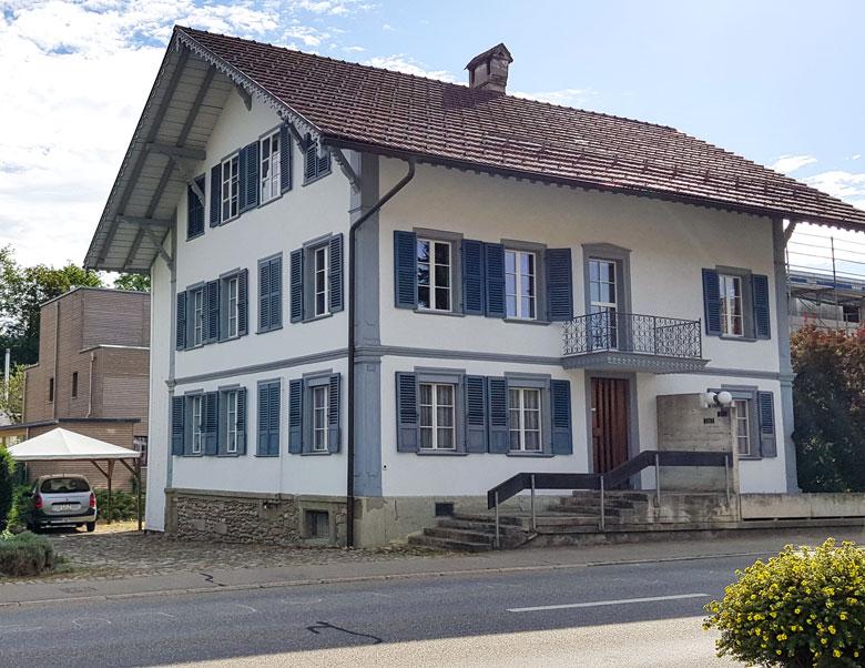 Haus in Zollbrück zu verkaufen