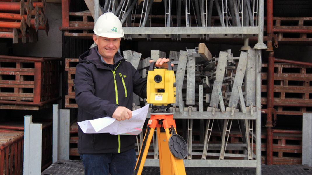 Der Baupolier Heinz Bürki feiert sein 40 Jahre Jubiläum bei der GLB