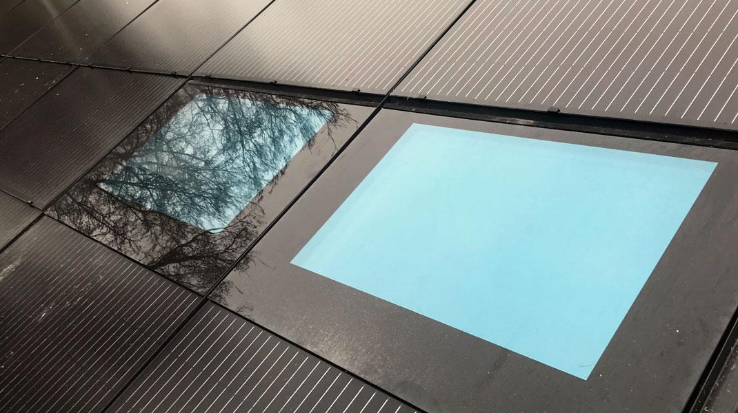 Solaranlage mit Dachbelichtung